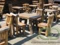рубленная деревянная мебель для летней террасы ресторана