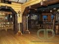 Деревянный ресторан -интерьер
