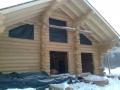 строительство деревянного дома - пауза. Бревна  должны дать усадку
